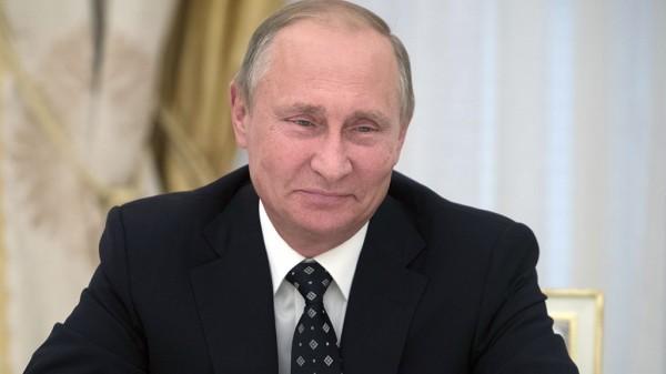 Путин считает модернизацию дорог страны важным стратегическим приоритетом