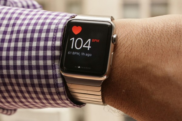 Умные часы Apple спасли жизнь американскому журналисту