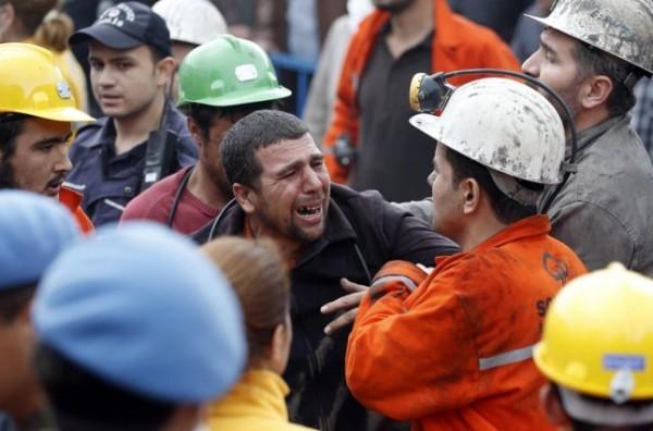 Четыре человека погибли в результате развала угольной шахты в Турции
