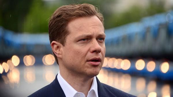 В Москве чиновники дептранса пересядут на такси