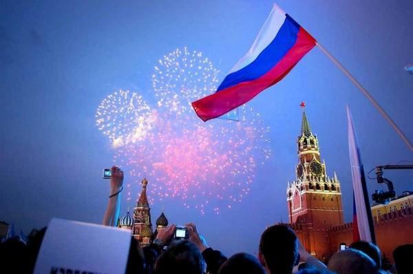 Кабмин утвердил перенос выходных для россиян в 2018 году