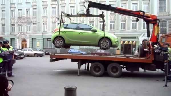 В Севастополе подрожала эвакуация автомобиля и услуги штрафстоянки