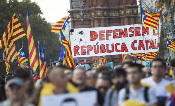 Мадрид намерен лишить Каталонию статуса автономии