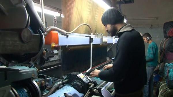 Крупнейшая в Сирии ткацкая фабрика Алеппо возобновила работу