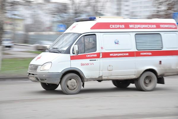 В Выборге авто из ДНР сбило мужчину с ребенком