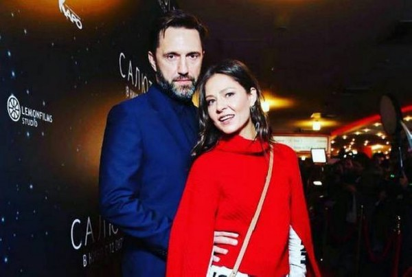 «Супруга решает»: Актер Владимир Вдовиченков рад подчиняться жене