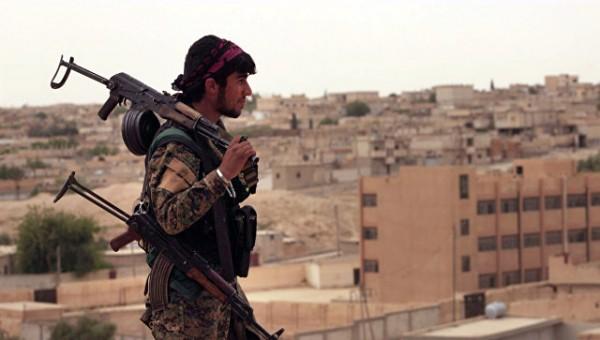 Отряды сирийских курдов захватили крупное месторождение нефти в Дейр-эз-Зор