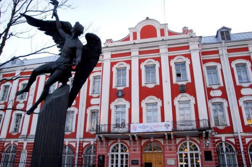 Народные избранники обратятся кПолтавченко спросьбой организовать переезд СПбГУ изцентра Петербурга