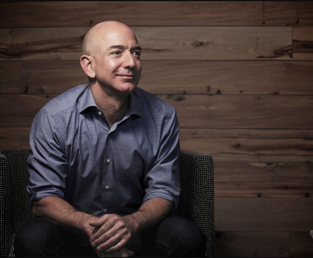 Основатель Amazon реализовал акций собственной компании насумму свыше млрд долларов