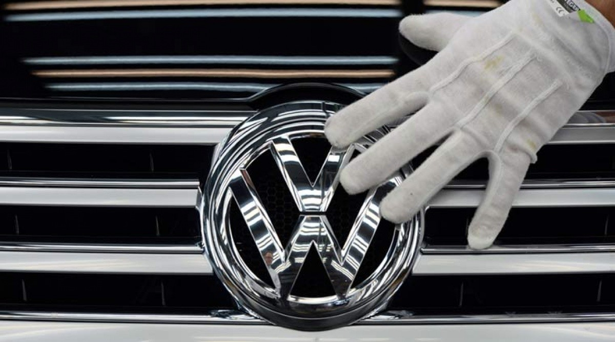 Неменее 15 тыс. владельцев автомобилей потребовали от VW свыше 350млневро