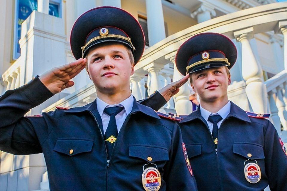 Менее 50% граждан России удовлетворены работой в милиции — Опрос