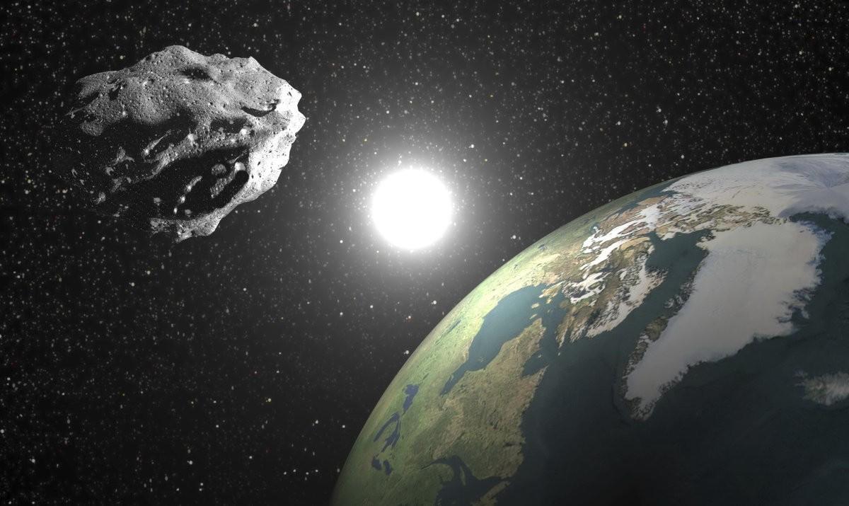 Ученые: Астероид, размером со сооружение МГУ пролетит около Земли