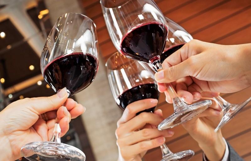 Ученые: употребление алкоголя вызывает рак