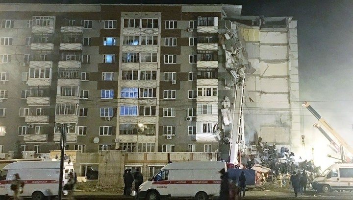 Число жертв при взрыве жилого дома вИжевске возросло до 3-х