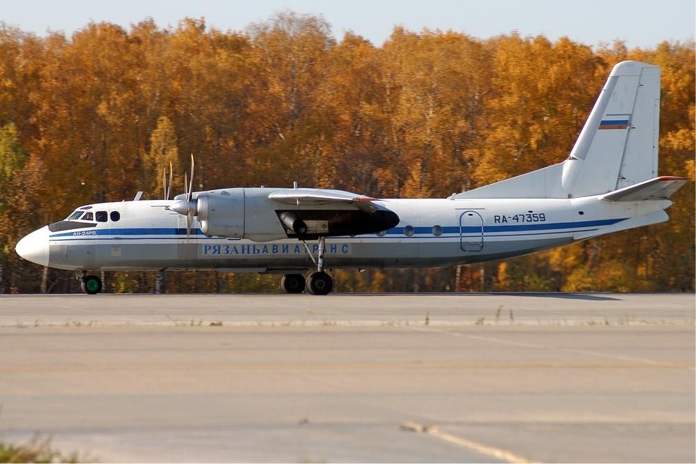 ВТомске самолет выехал запределы взлетно-посадочной полосы