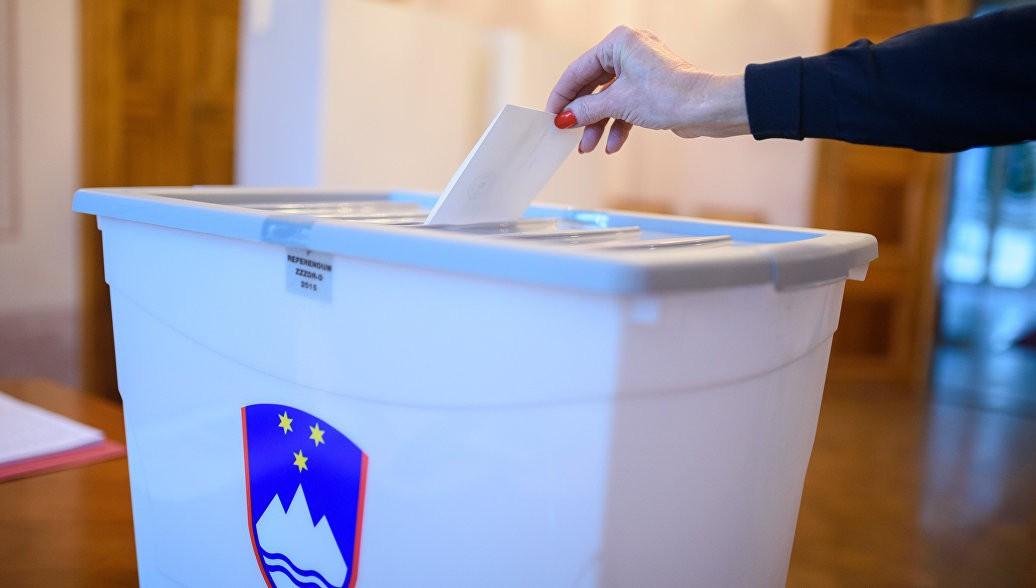 Президента Словении переизбрали на 2-ой  срок
