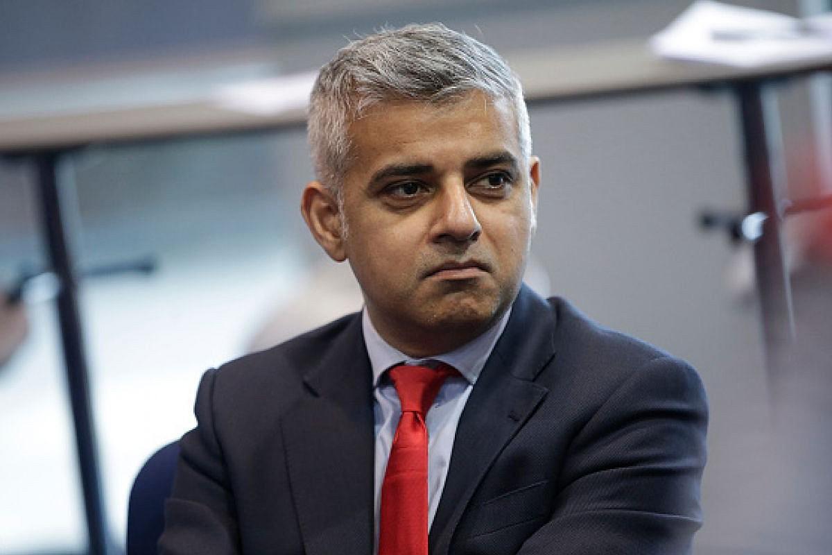 Мэр Лондона выступает заотставку руководителя МИД Великобритании Джонсона
