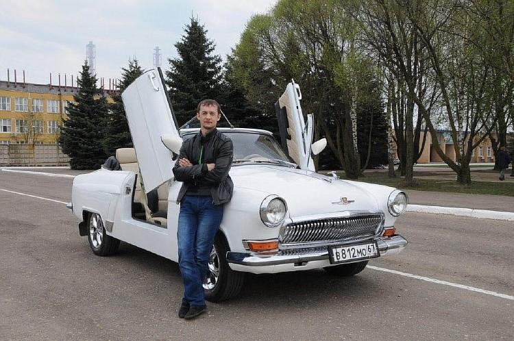 Смолянин «превратил» старенькую «Волгу» вкрутой ретро-кабриолет