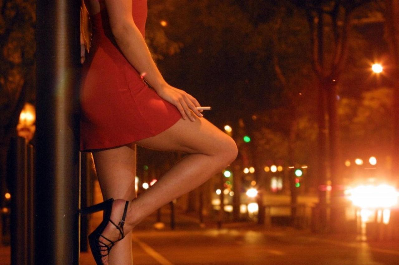 Горячее видео проституток абсолютно