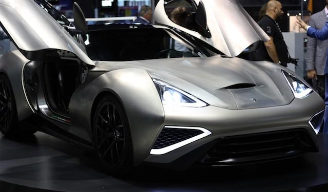 На автовыставке в Дубае дебютировал сверхдорогой суперкар Icona Vulcano Titanium