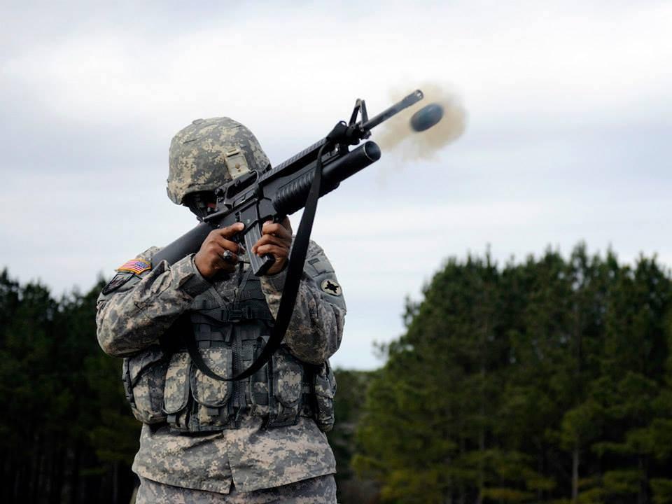 ВСША гражданским лицам начали торговать подствольные гранатометы