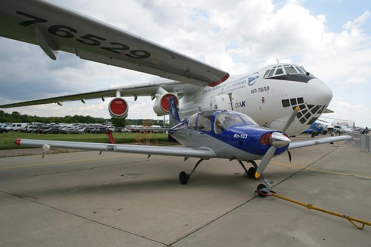 В РФ могут снова начать производство самолетов Ил-103