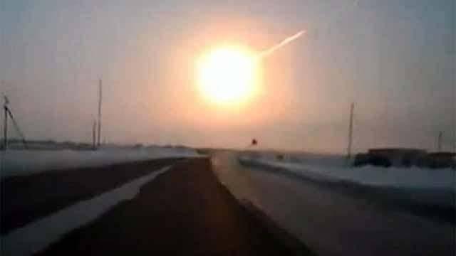 Падение метеора под Мурманском приняли законец света иСанта-Клауса
