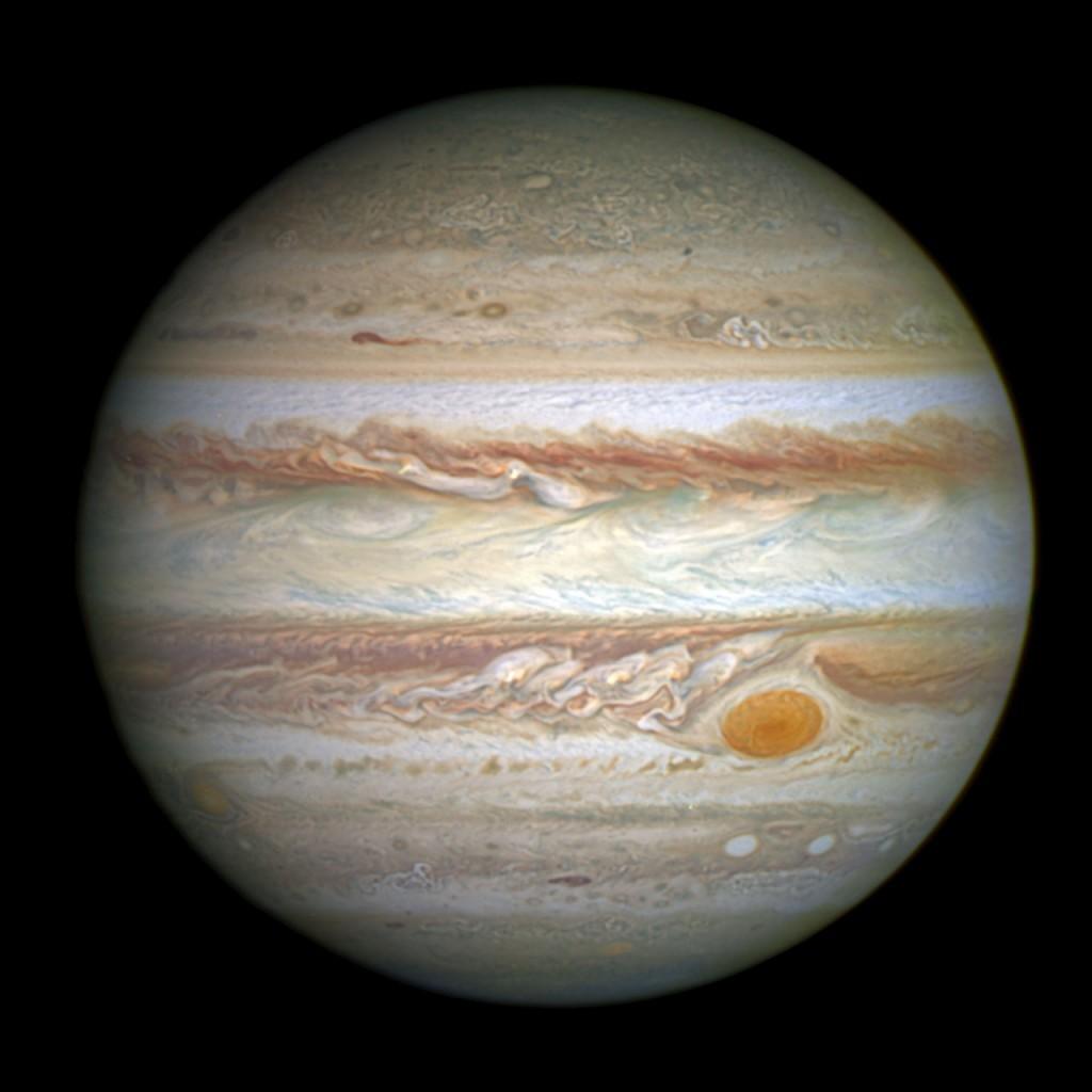 Астрономы узнали, как «большое пятно» Юпитера стало красным