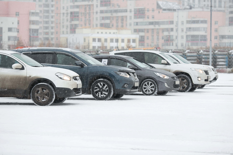 Жителям столицы посоветовали внимательнее выбирать парковочные места