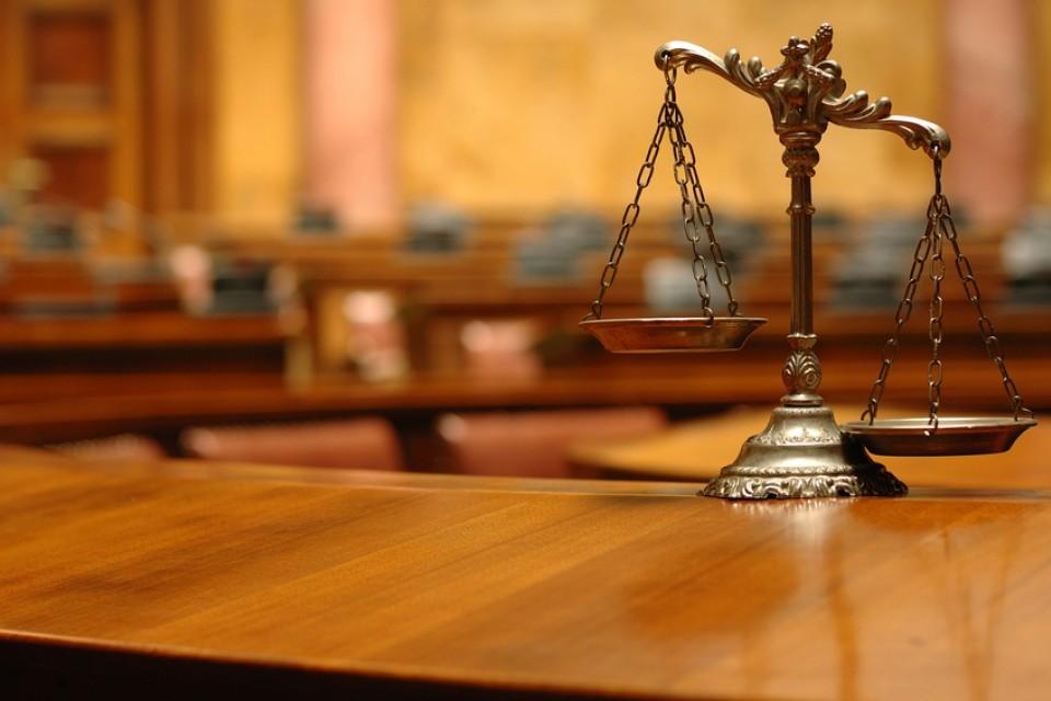 ВНовгороде обвиняемый поуголовному делу скончался вовремя судебного совещания