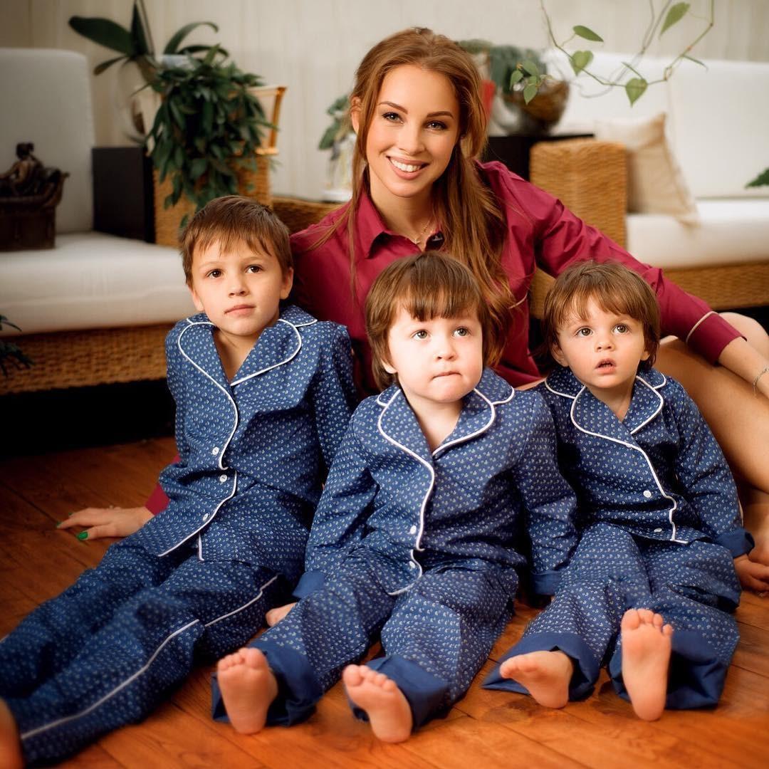 Дибровы с детьми фото