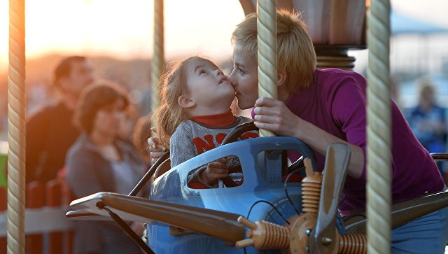 В РФ коДню Матери был запущен флешмоб «Спасибо, мама»