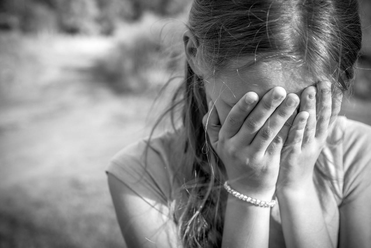 ВОмске 12-летняя школьница забеременела отсобственного отца, насиловавшего ее