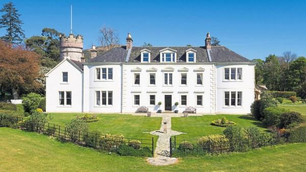Сын руководителя спортобщества «Динамо» купил особняк в Шотландии за 4 млн фунтов