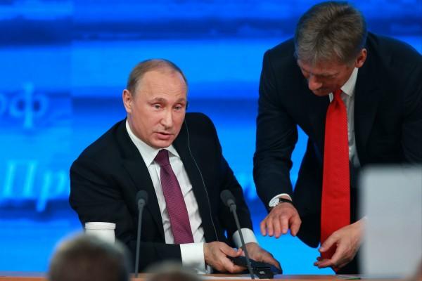 Песков: Путин в курсе неявки Сечина в суд по делу Улюкаева