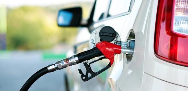 Топливо в России достигло рекордной в этом году стоимости