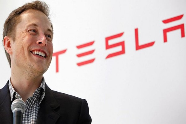 Tesla построила самую большую в мире литиевую батарею