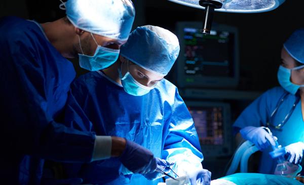 Во Франции провели пересадку кожи пациенту с ожогами 95% тела