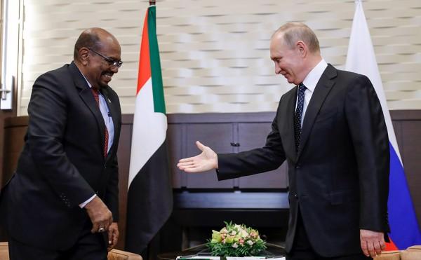 Президент Судана обговорил с Путиным и Шойгу создание военной базы