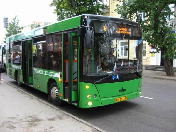 В Москве автобусы и маршрутки стали ездить быстрее на 11%