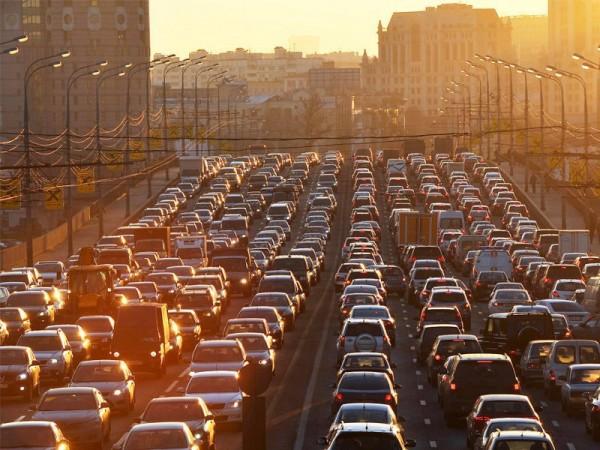 Власти Москвы рассекретили  причину пробок в центре города
