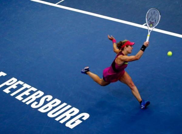 Первая ракетка мира Халеп сыграет на WTA-турнире в Санкт-Петербурге