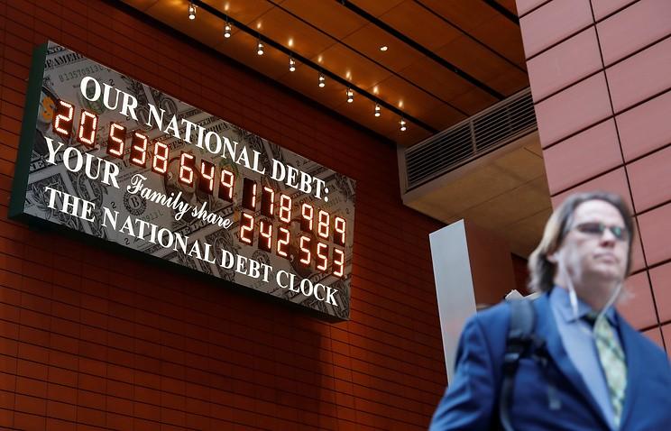 ВНью-Йорке снова запустили табло сосчетчиком госдолга США