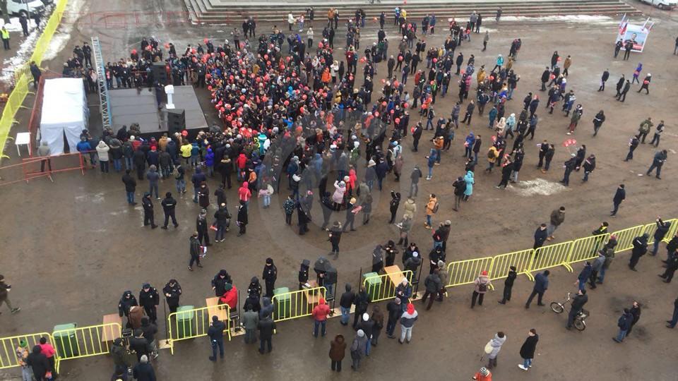 Штаб блогера уличили внезнании города— Навальный разочаровал псковичей
