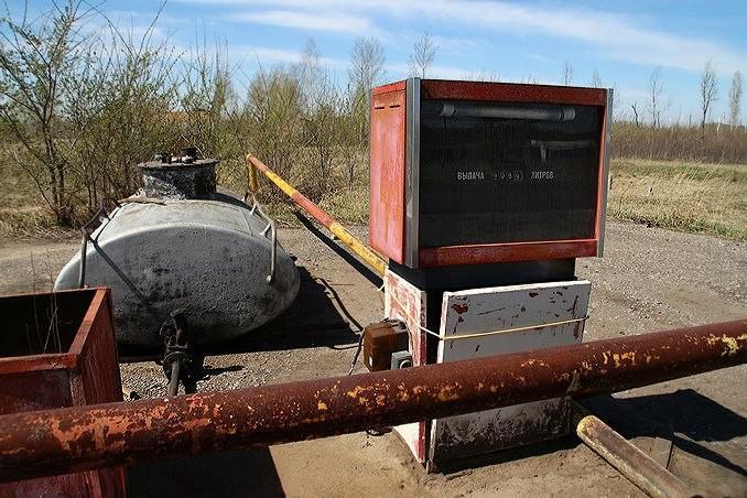 В сети омских заправок на 80 копеек подорожал бензин