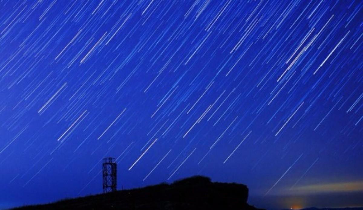13декабря все желающие смогут наблюдать метеоритный дождь