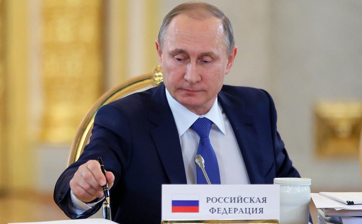 Путин может влюбое время объявить обучастии ввыборах, заявил Песков