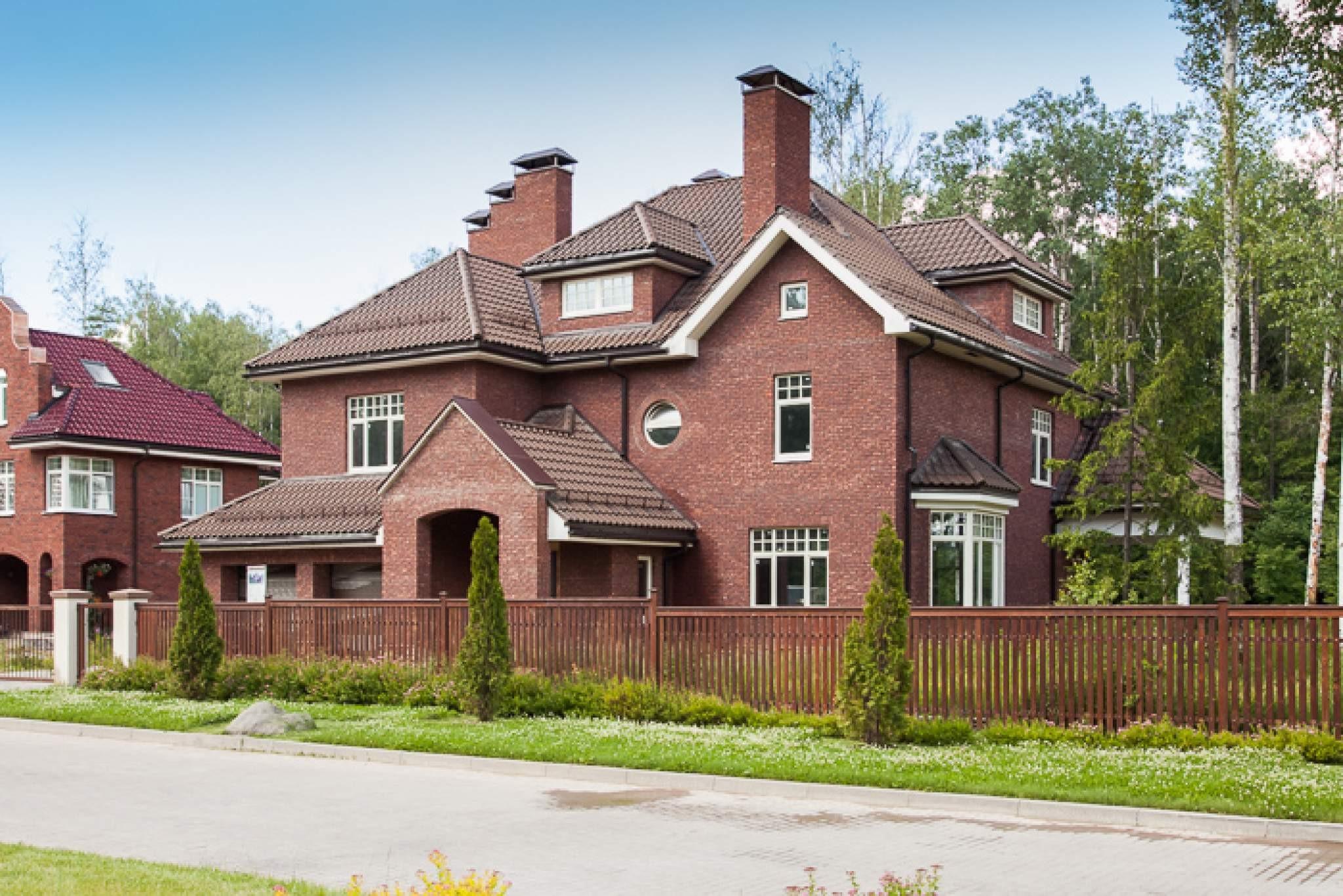 В РФ  хотят запретить строительство трёхэтажных частных домов