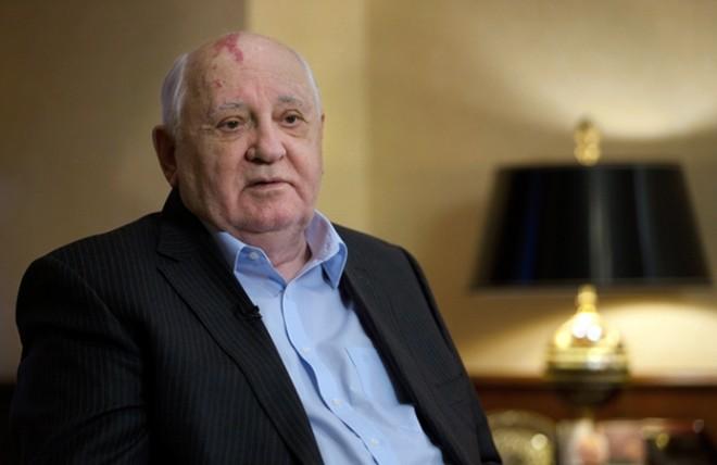 Горбачев озвучил вариант решения проблемы с контрактом  оРСМД