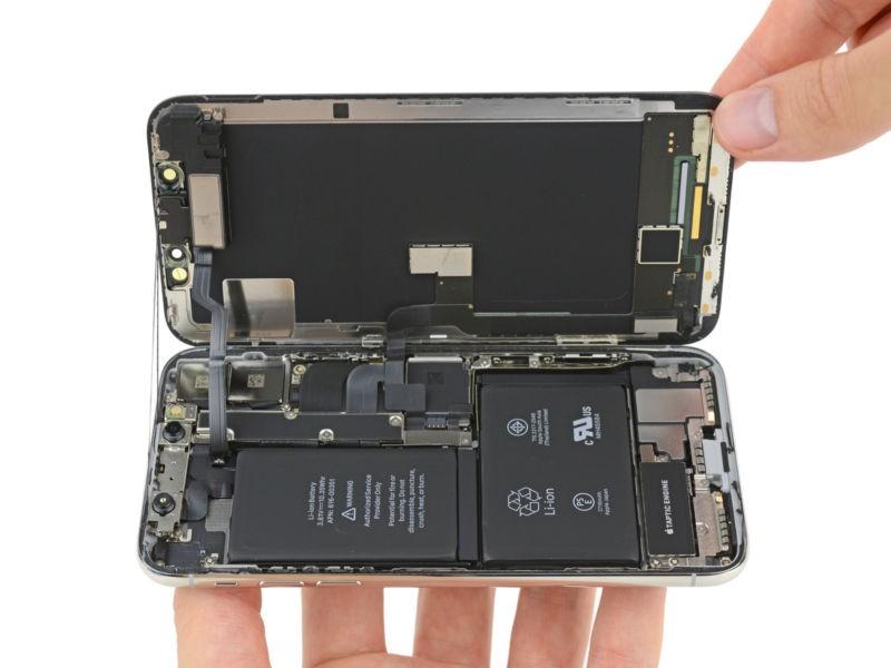 Apple в наступающем году  готовит дешевый  6,1-дюймовый iPhone